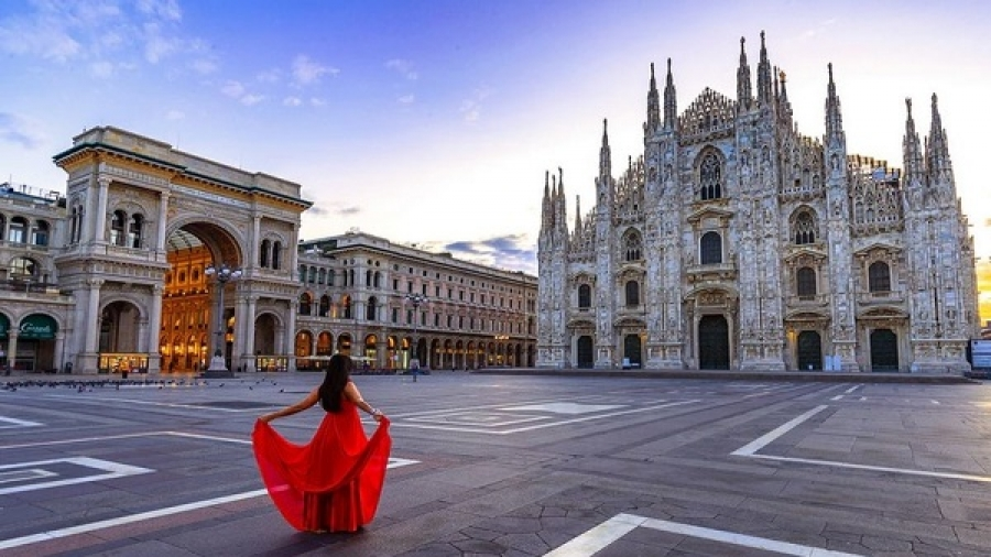 Video, a tour of Milan's history, Italy