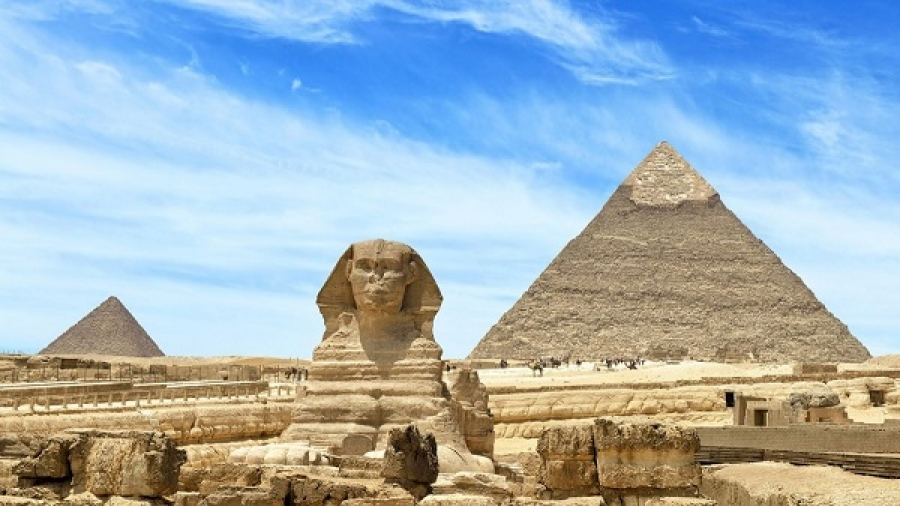 Sites of other pyramids in Egypt and Sigal between two archaeologists in America