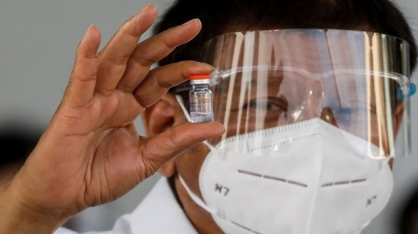 Philippines president threatens to abstain from covid-19 vaccination