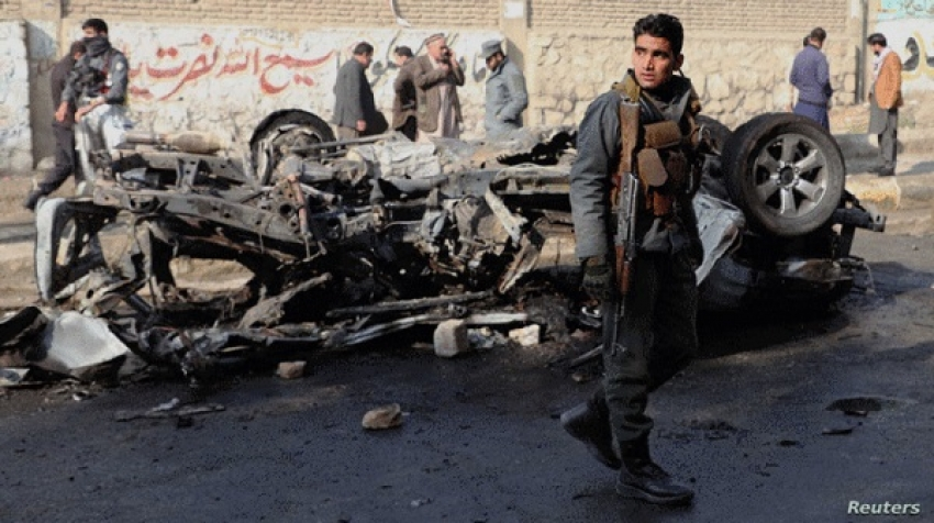 """Violence and assassinations in Afghanistan push young people into """"pocket cards"""""""