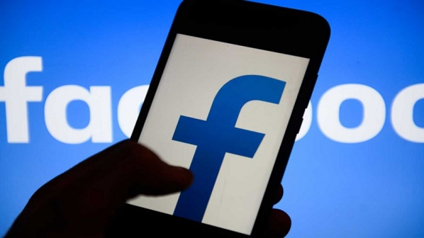 Facebook Conflict Alerts to Group Administrators