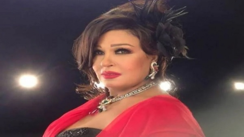 Egyptian actress Fifi Abdo asks her followers to pray for her, video